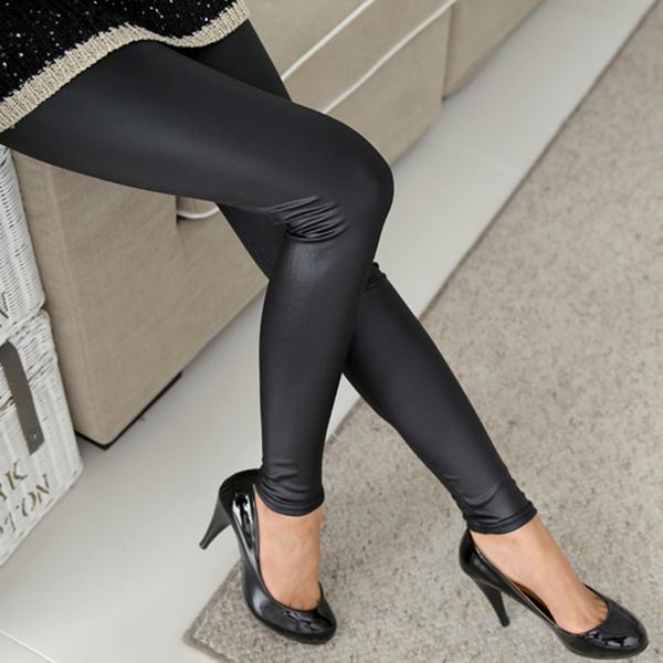 Legging simili cuir noir