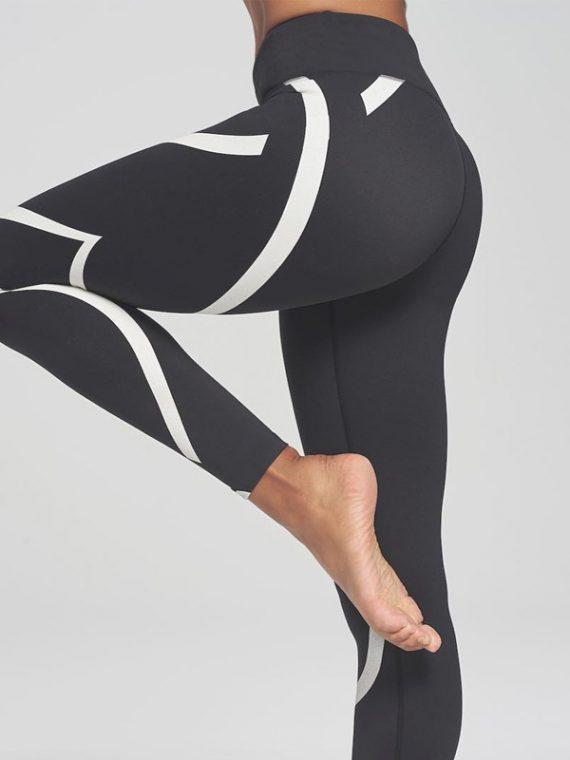 Faire du yoga a la maison
